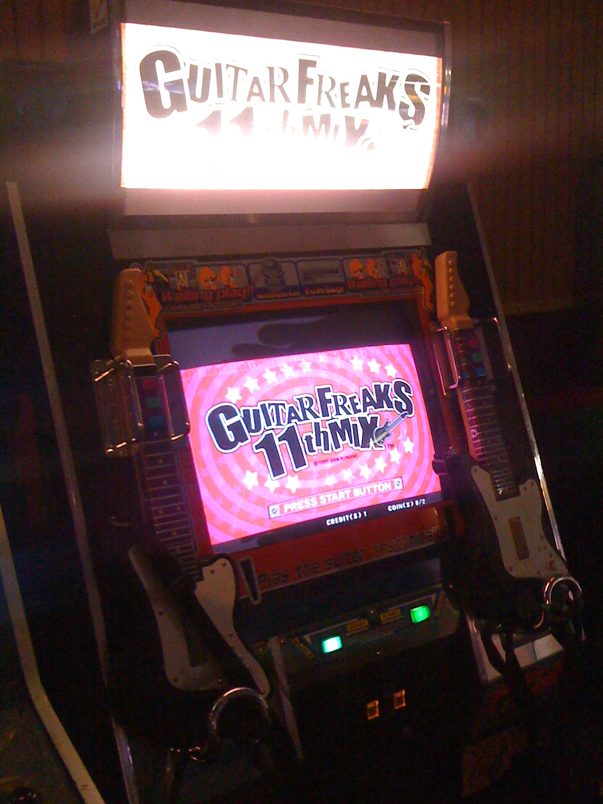 8 on the Break - GuitarFreaks 11th Mix